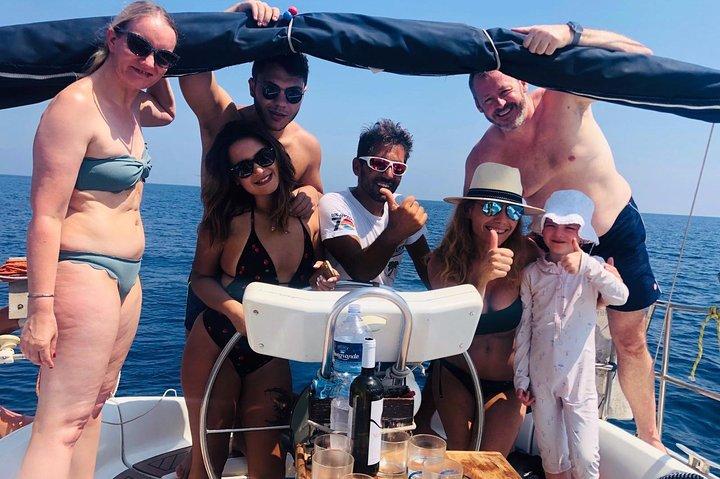 tour in barca da catania ad aci trezza