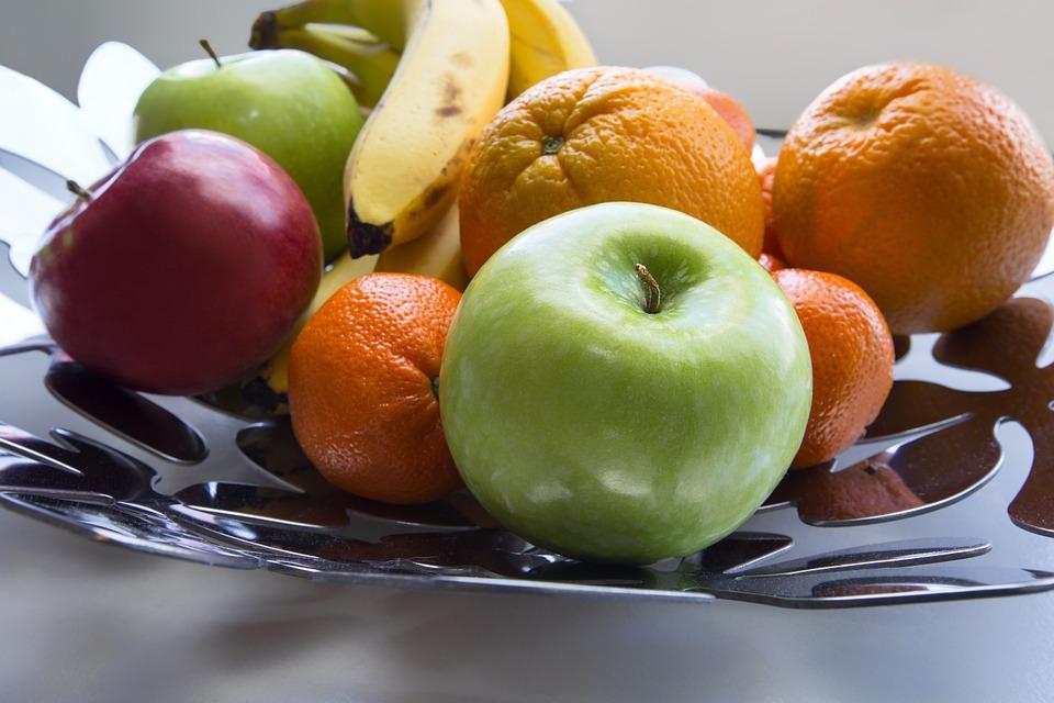 An Etna fruit basket