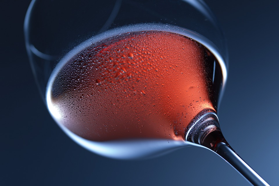 a glass of Etna rosso wine