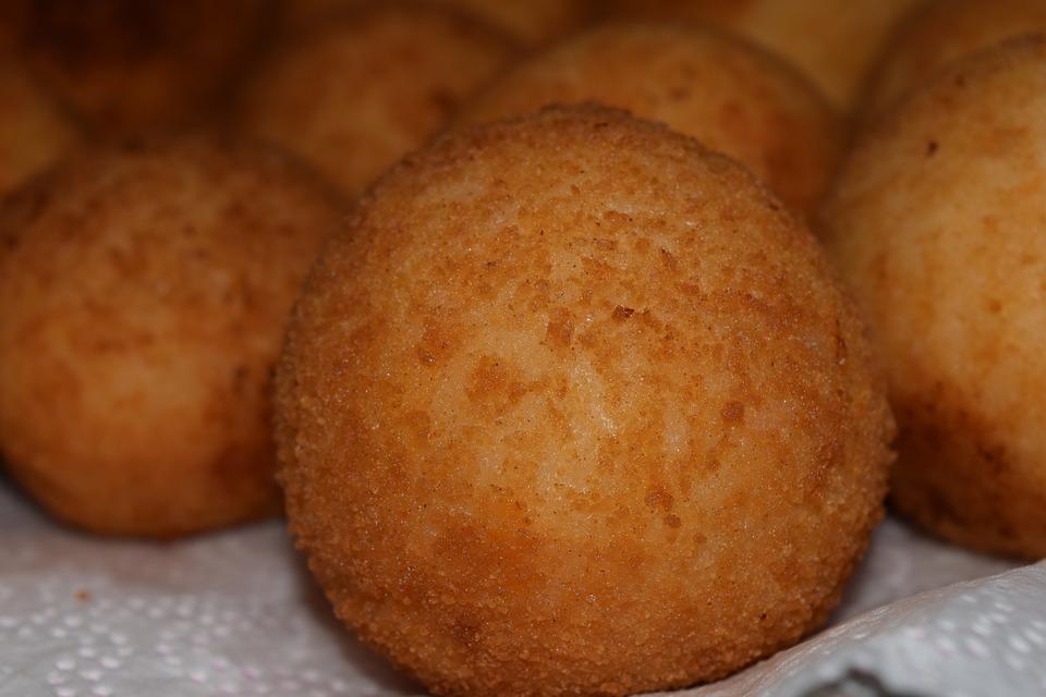 Arancina, with round shape