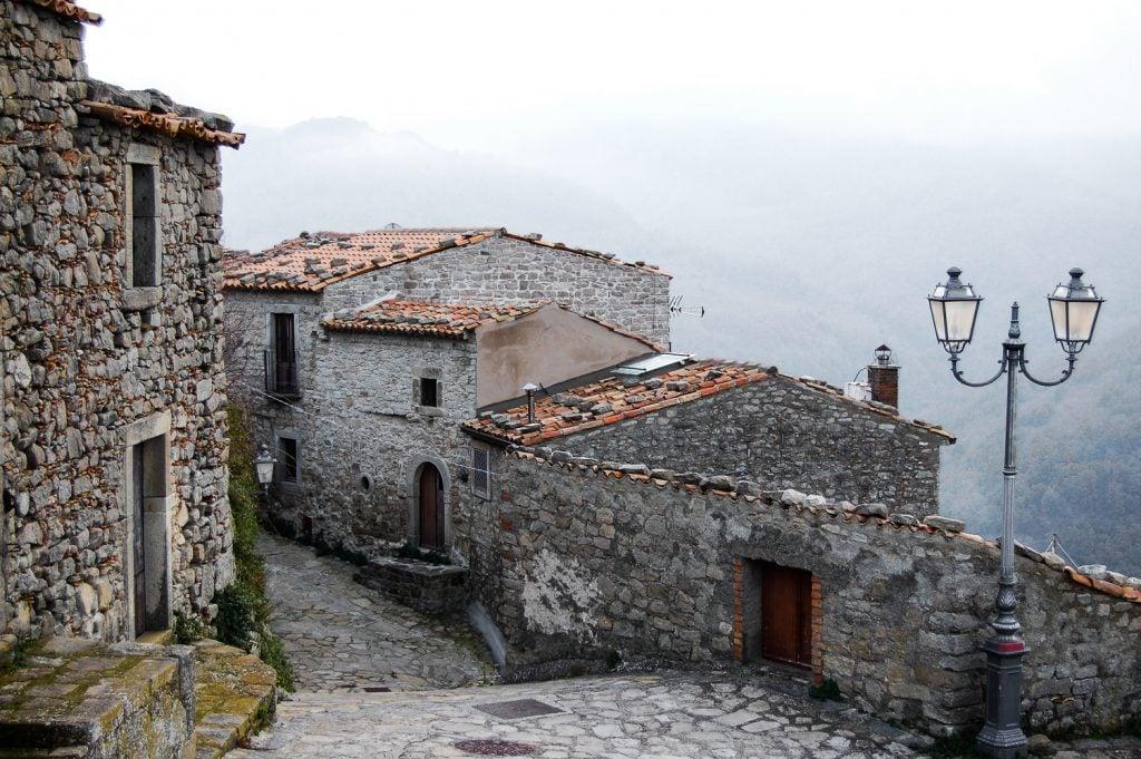la sicilia riparte escursioni montalbano